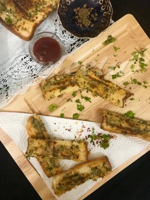 Grilled Semolina Bread fingers