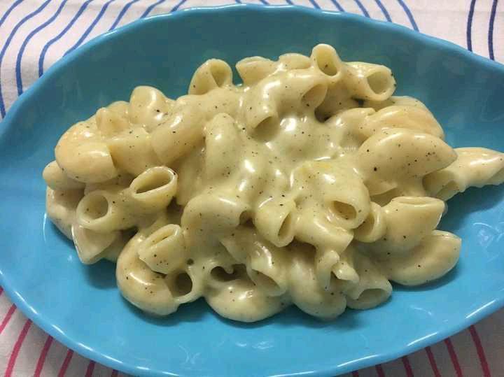 Super Yummy Creamy Cheesy Pasta