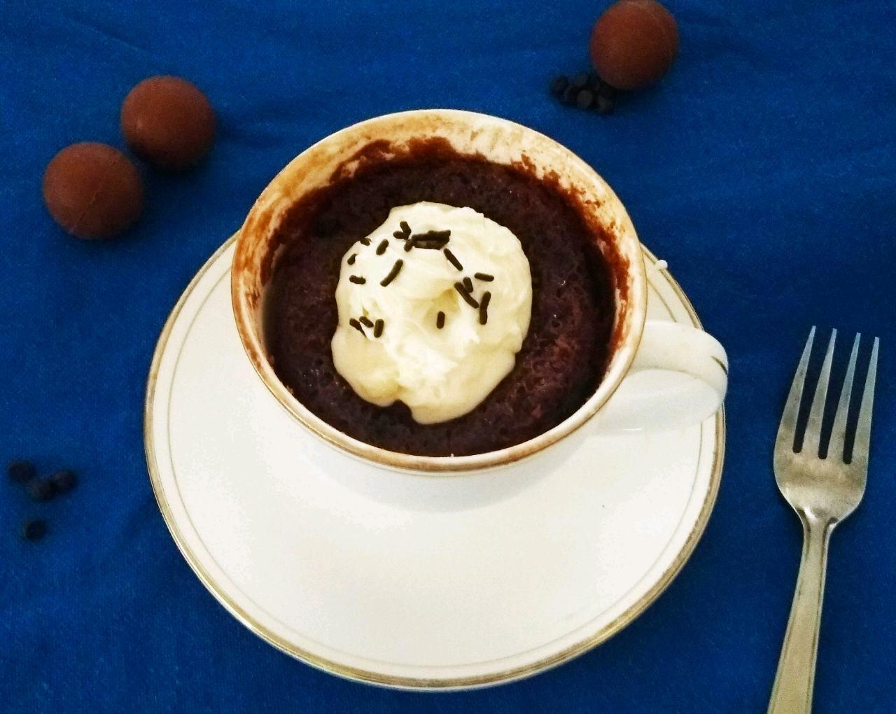 3 Ingredient Mug Chocolate Cake