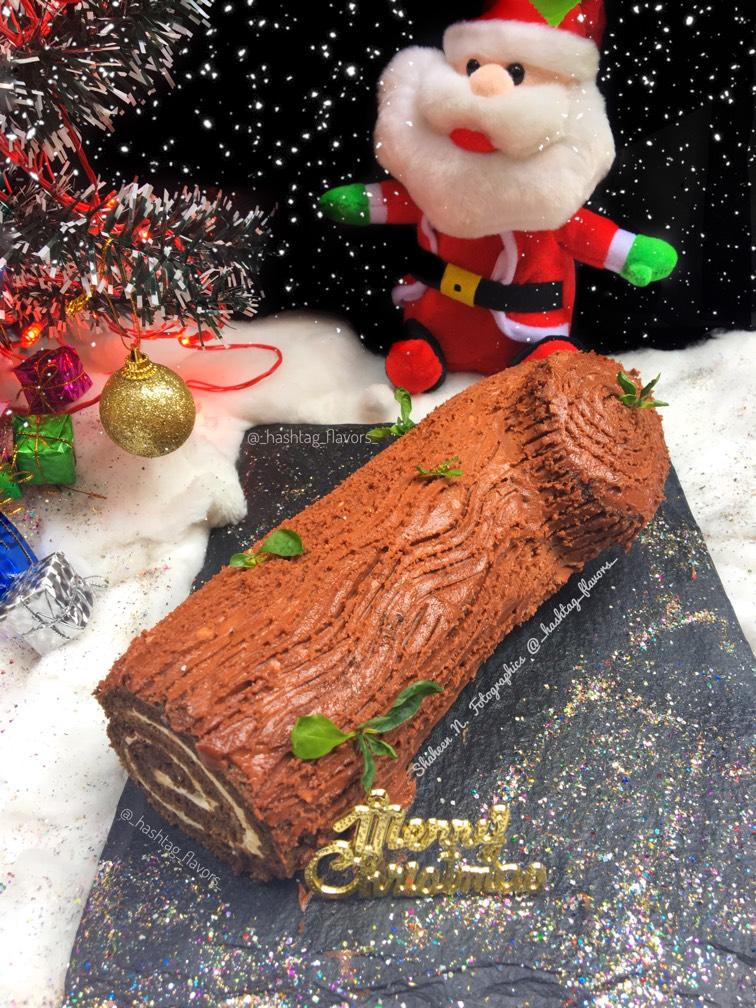 Chocolate Xmas Yule Log Cake