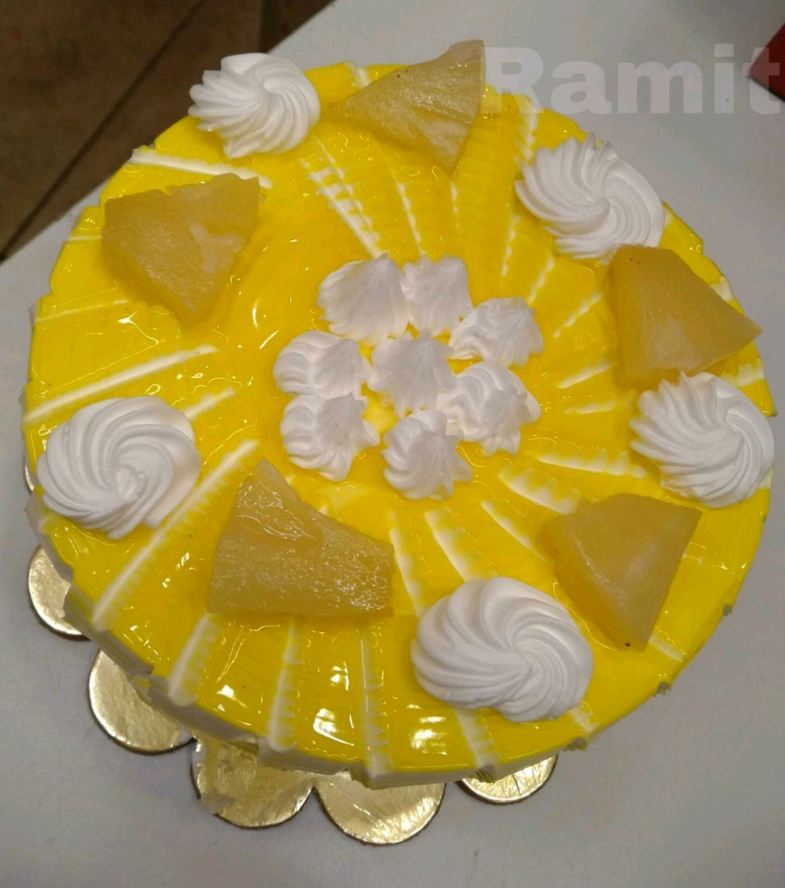 Pineapple Jelly Cake