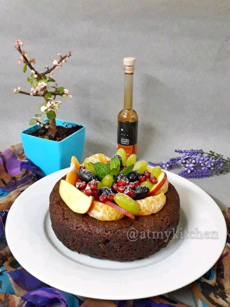 Chocolate Wine Fruit Cake