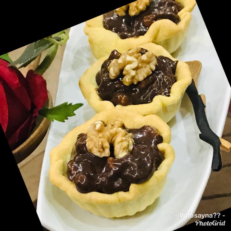 Whosayna's Chocolate Walnut Tartlets