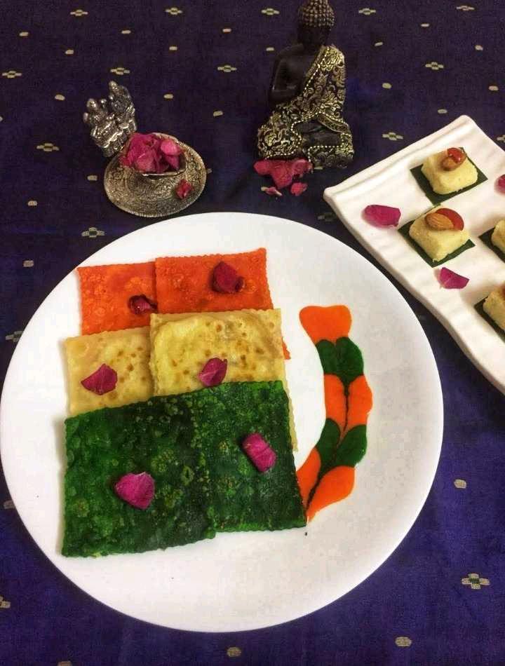Tricolour Meetha Paratha With Meetha Sauce