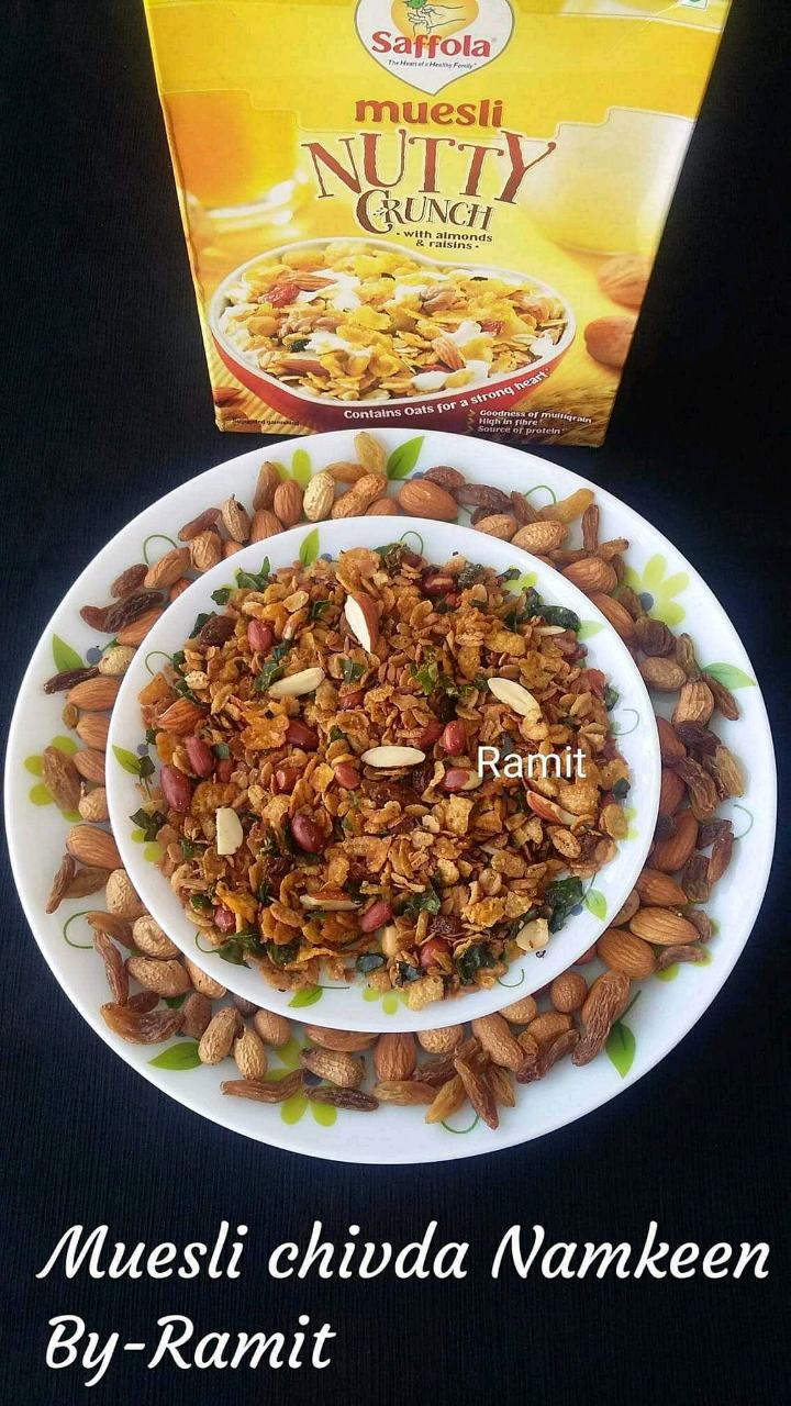 Muesli chivda Namkeen-  It's a namkeen made with so many flavour in one along with the dry fruits, in short can be described as a Namkeen - made with a Namkeen, with a twist of shallow frying, must try out this unique chapata item