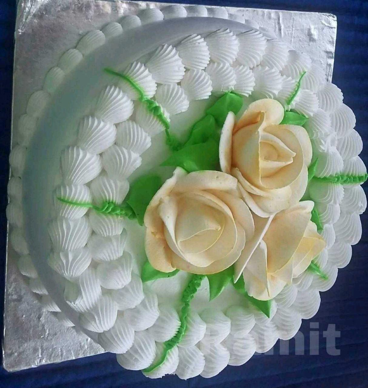 Eggless Patriotic Tricolour Icing Cake