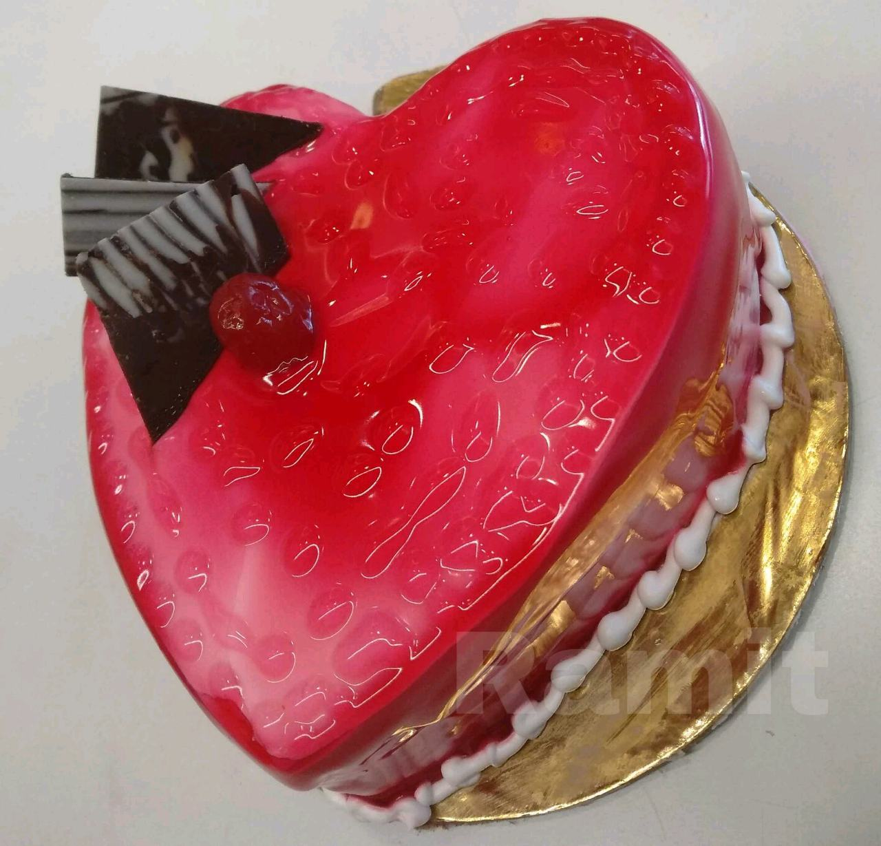 Water Drop Raspberry Jelly Cake