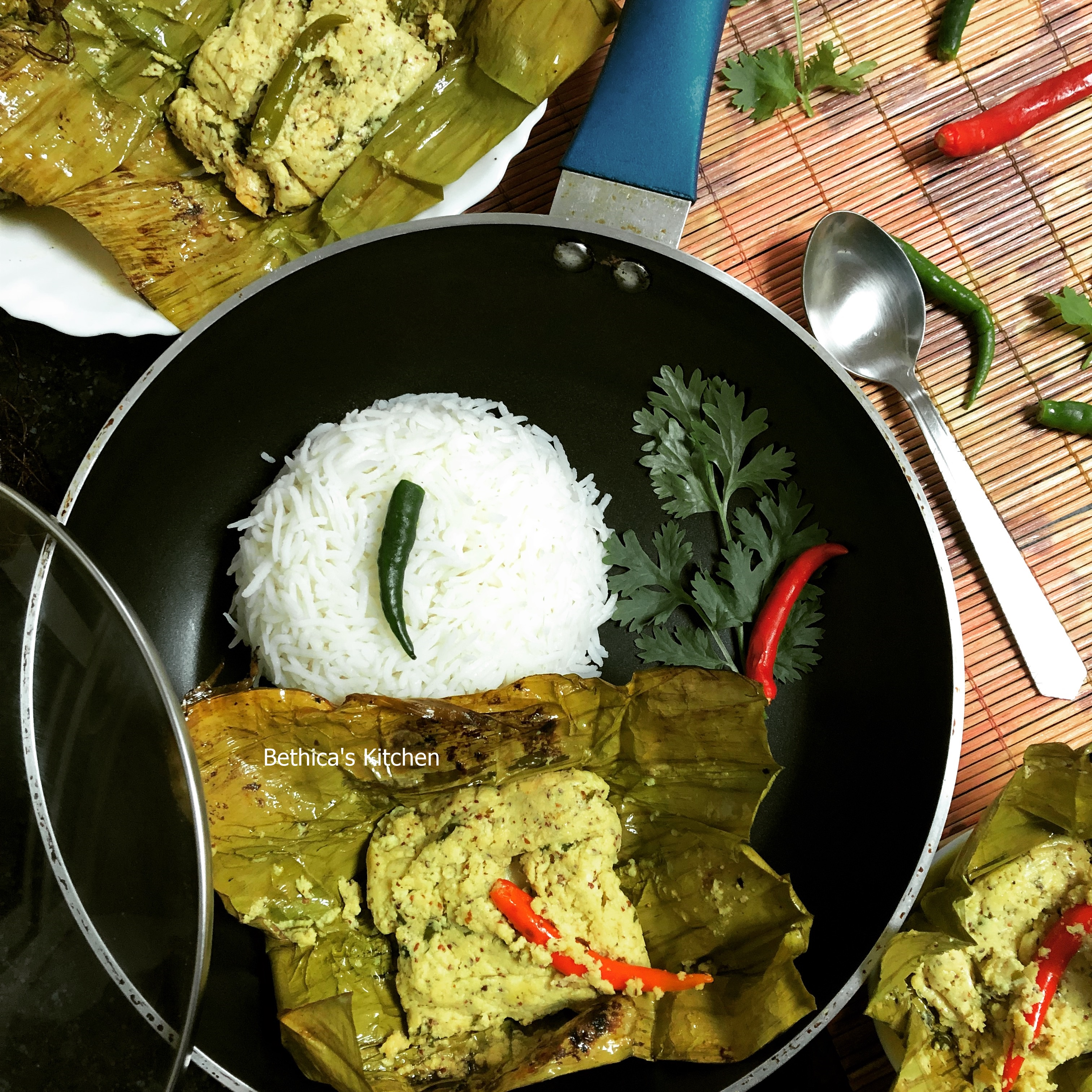 Chanar Paturi (Cottage Cheese cooked in Banana Leaf - Bengali Style)