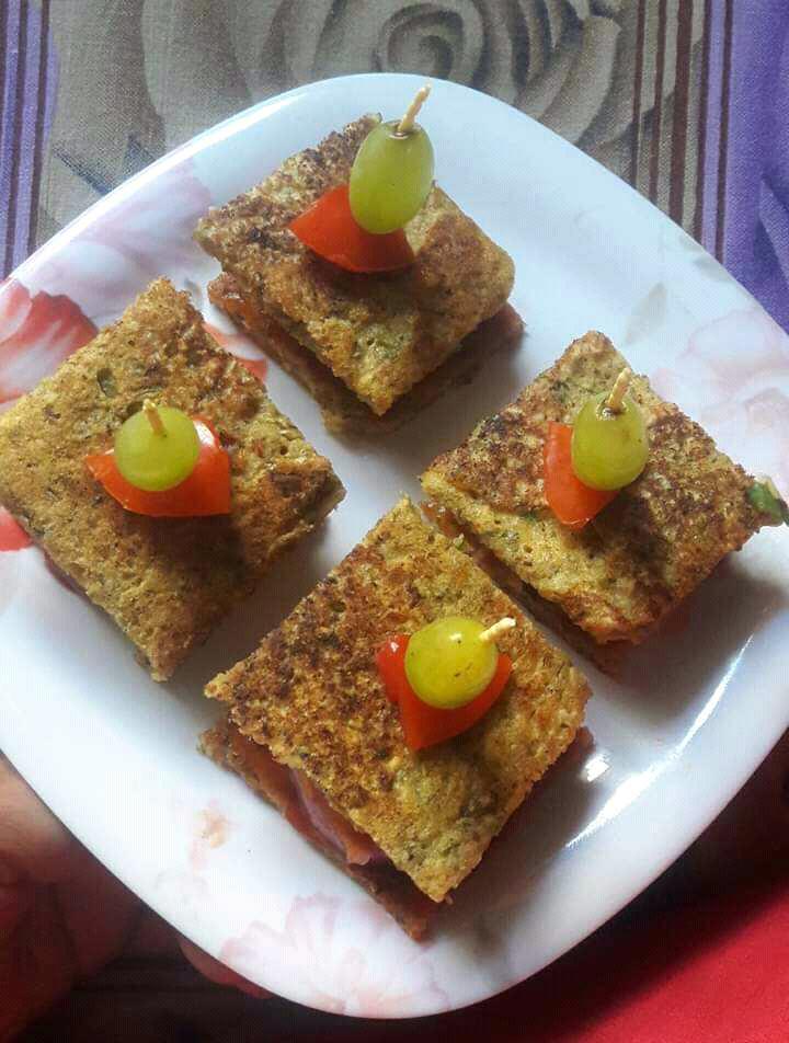 Mix Daal Chilla Sandwich