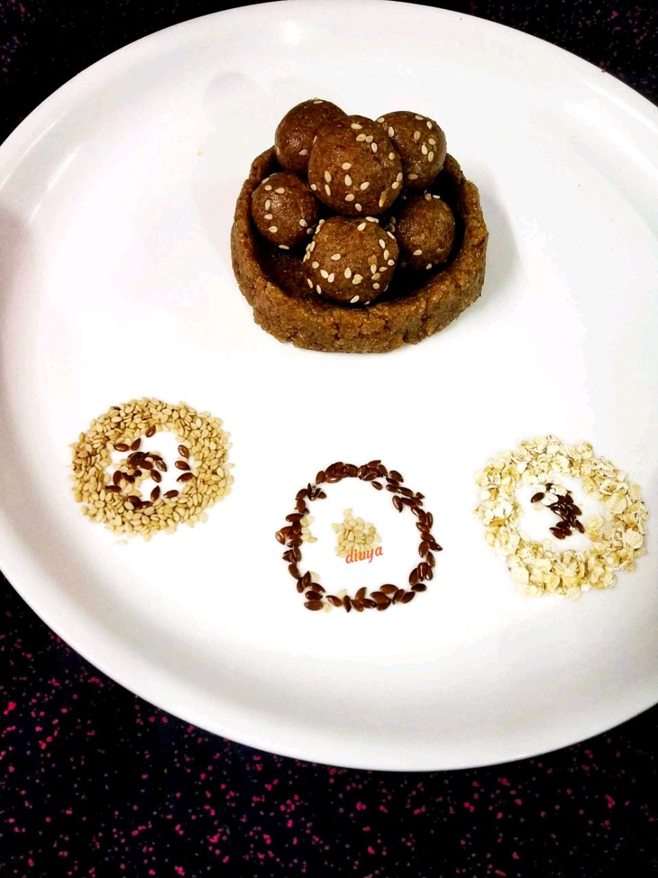 Protein Packed Oats Flax Seeds Laddu