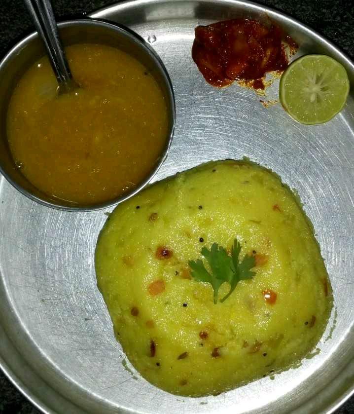 Tomato Bath With Sambar