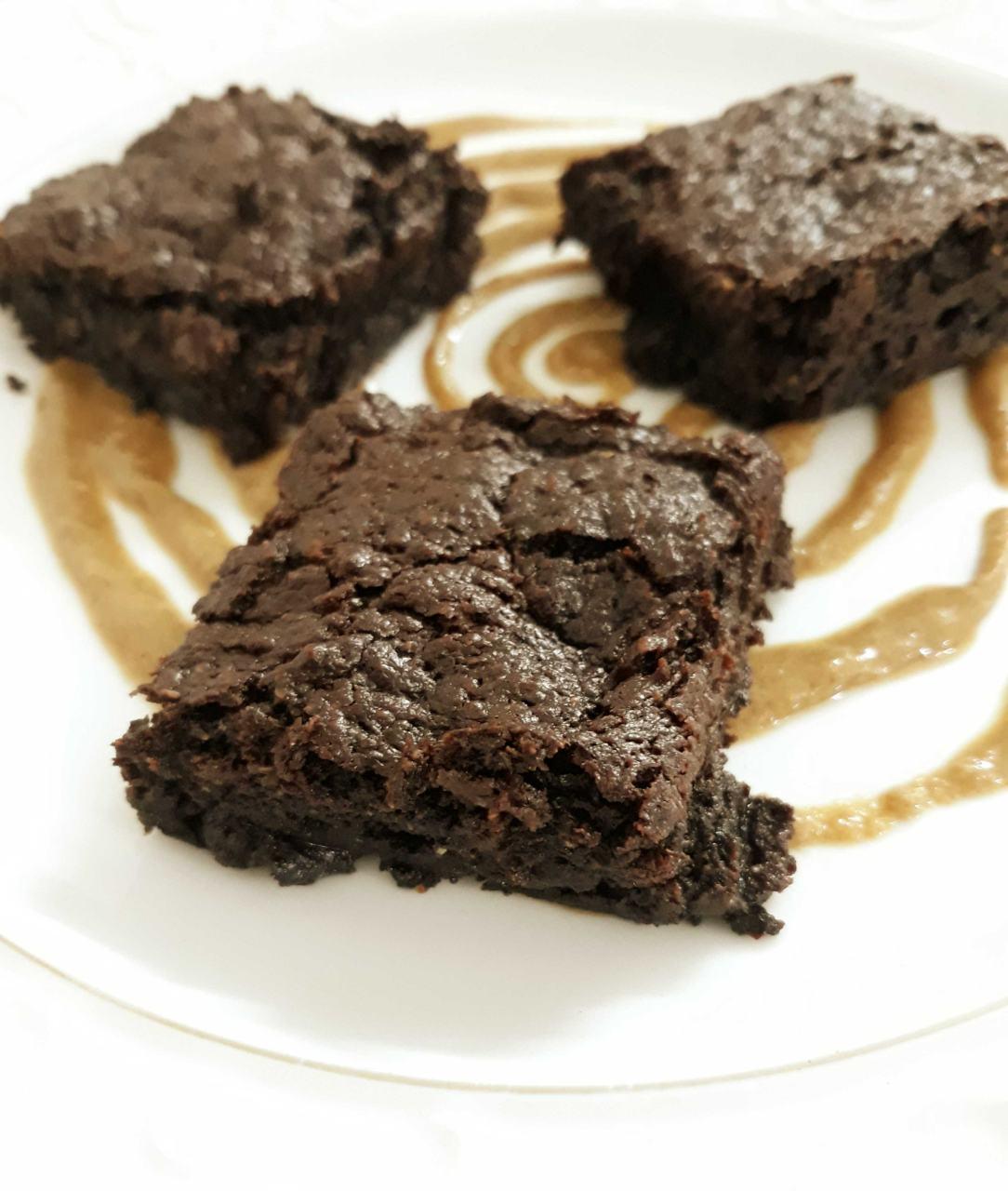 Vegan Tahini And Oats Brownies