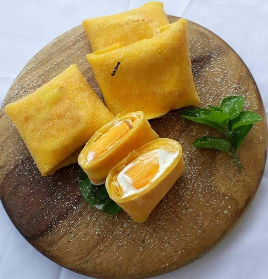 Mango Pancake Wrap