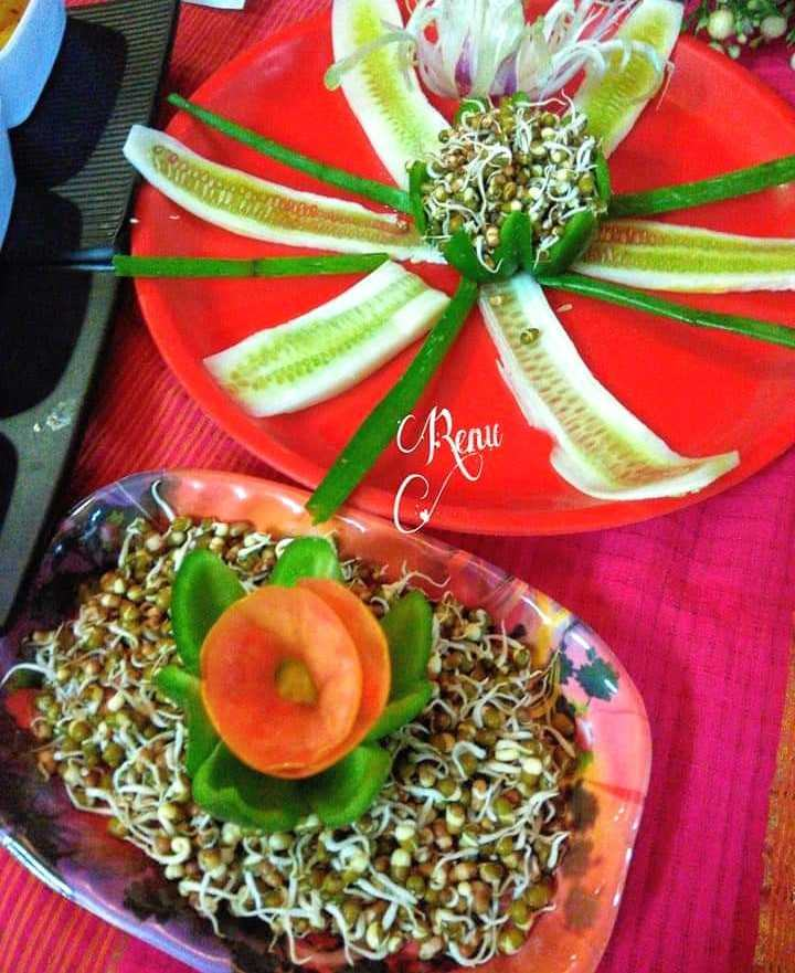 Mung Sprouts Salad With Decoration
