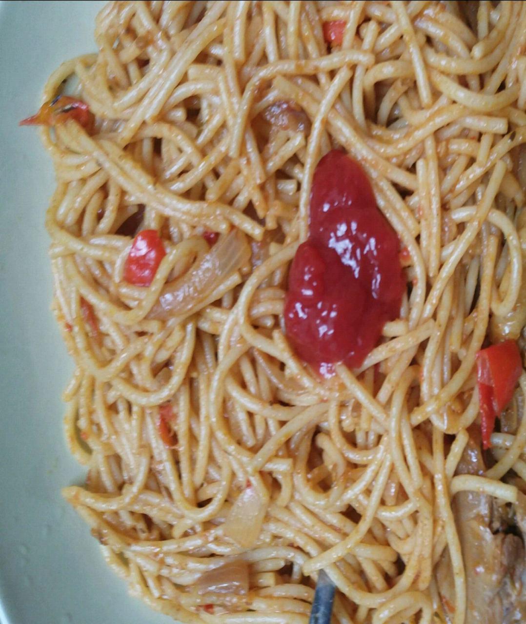 Mixed Pasta With Sauce