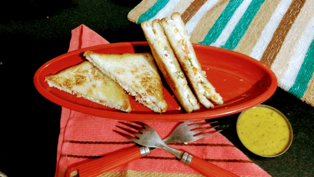 वेज पनीर सैंडविच