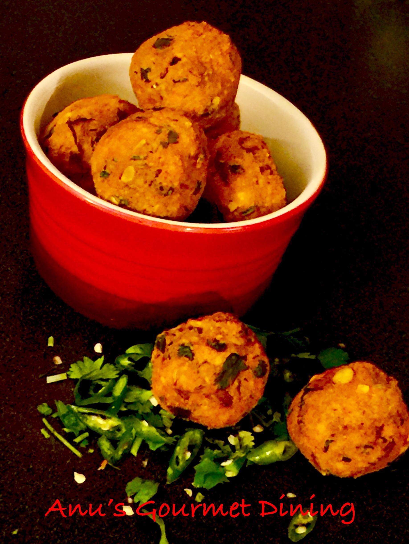 Chana Daal-Onion Bhajiyaa | Bengal Gram-Onion Fritters