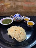 Oats carrot idli with lemon tea