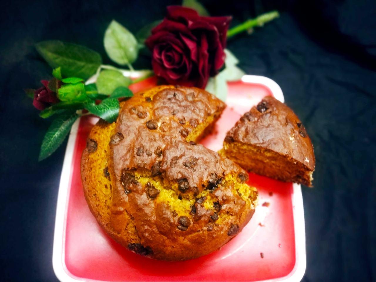 सूजी (रवा) बनाना केक