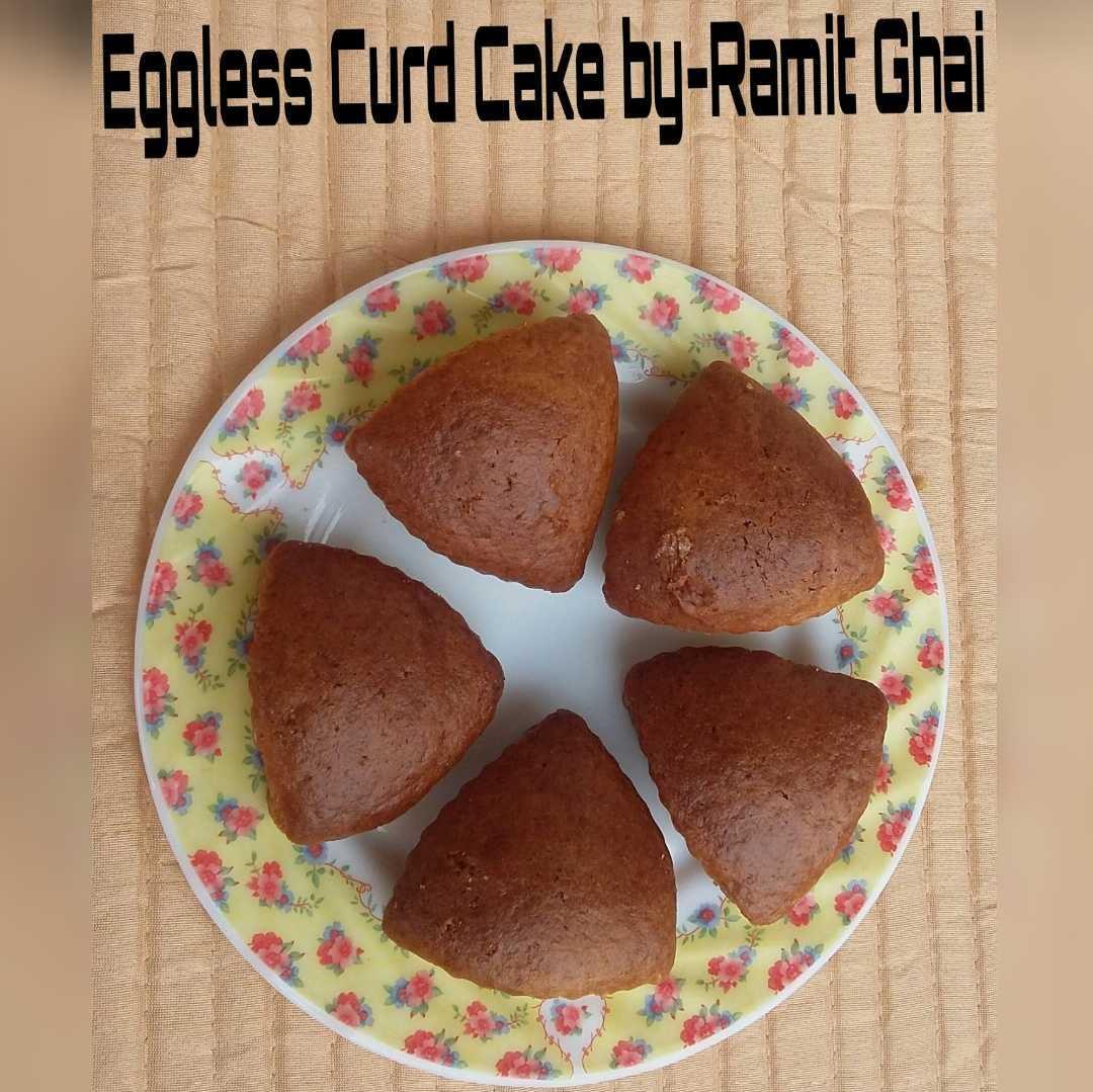 Eggless curd cake