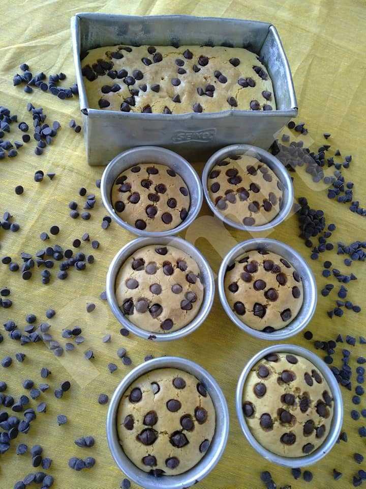 Eggless Vanilla Cake/Muffin's with Chocolate Chip