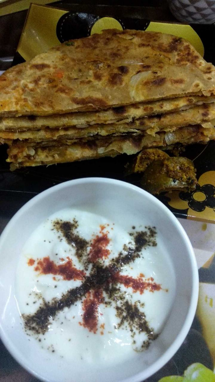 Onion Stuff Paratha With Masala Curd