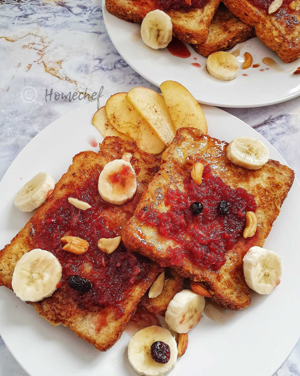 Sweet French Toast With Fruit Sauce Topping