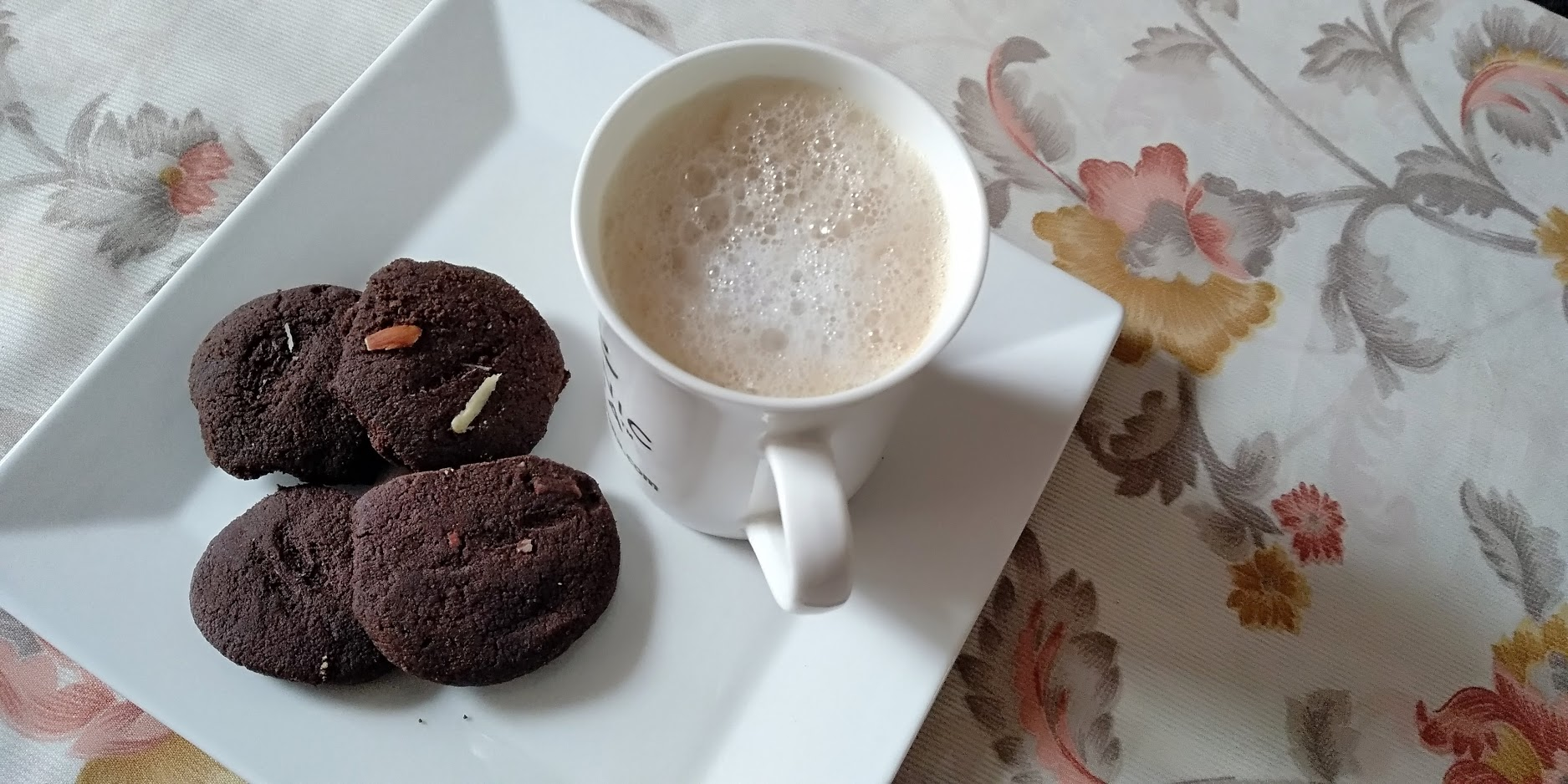 Ginger Basil Coffee with Cookies