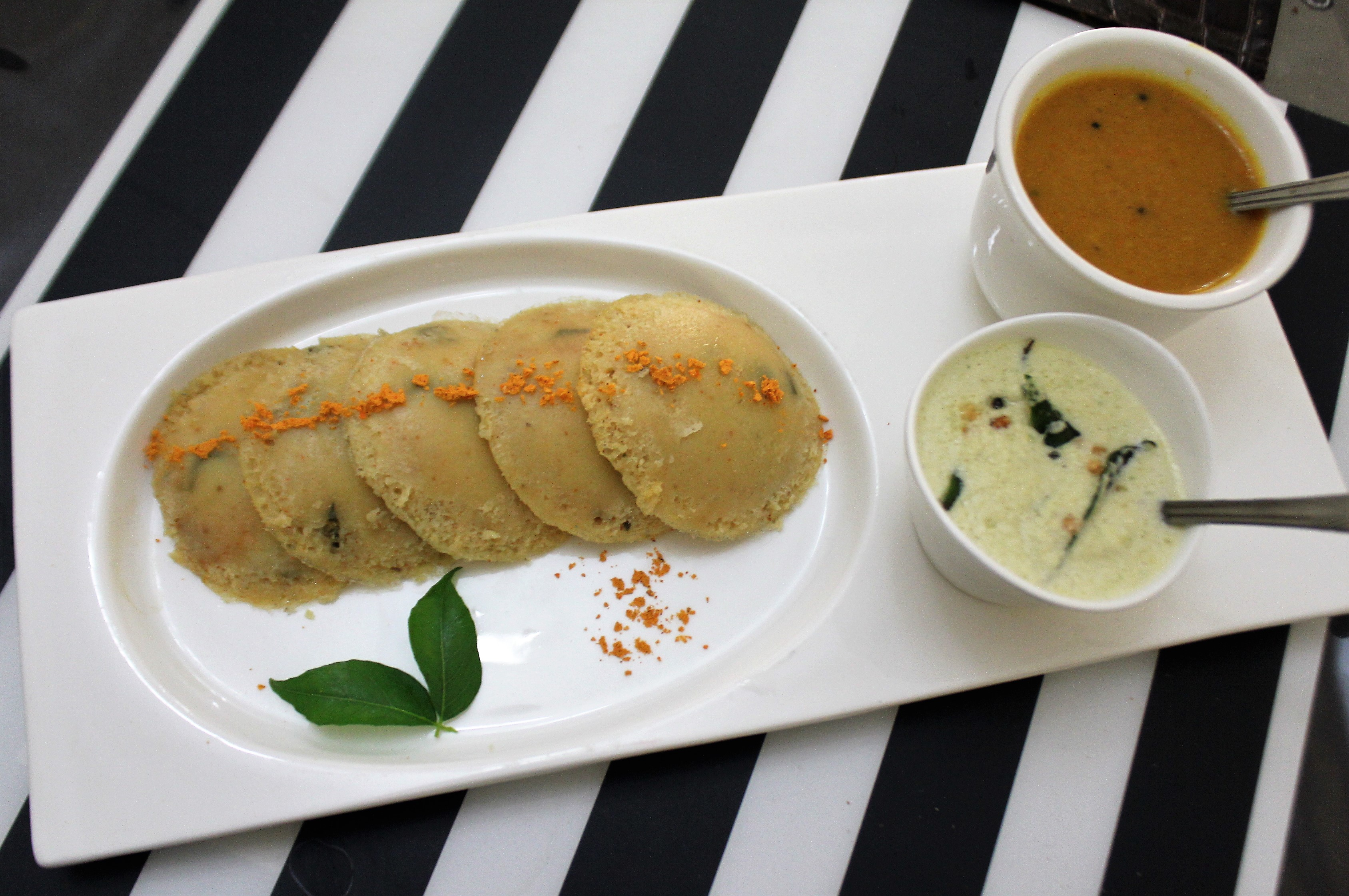 Sambar Flavoured Mixed Dal Idli