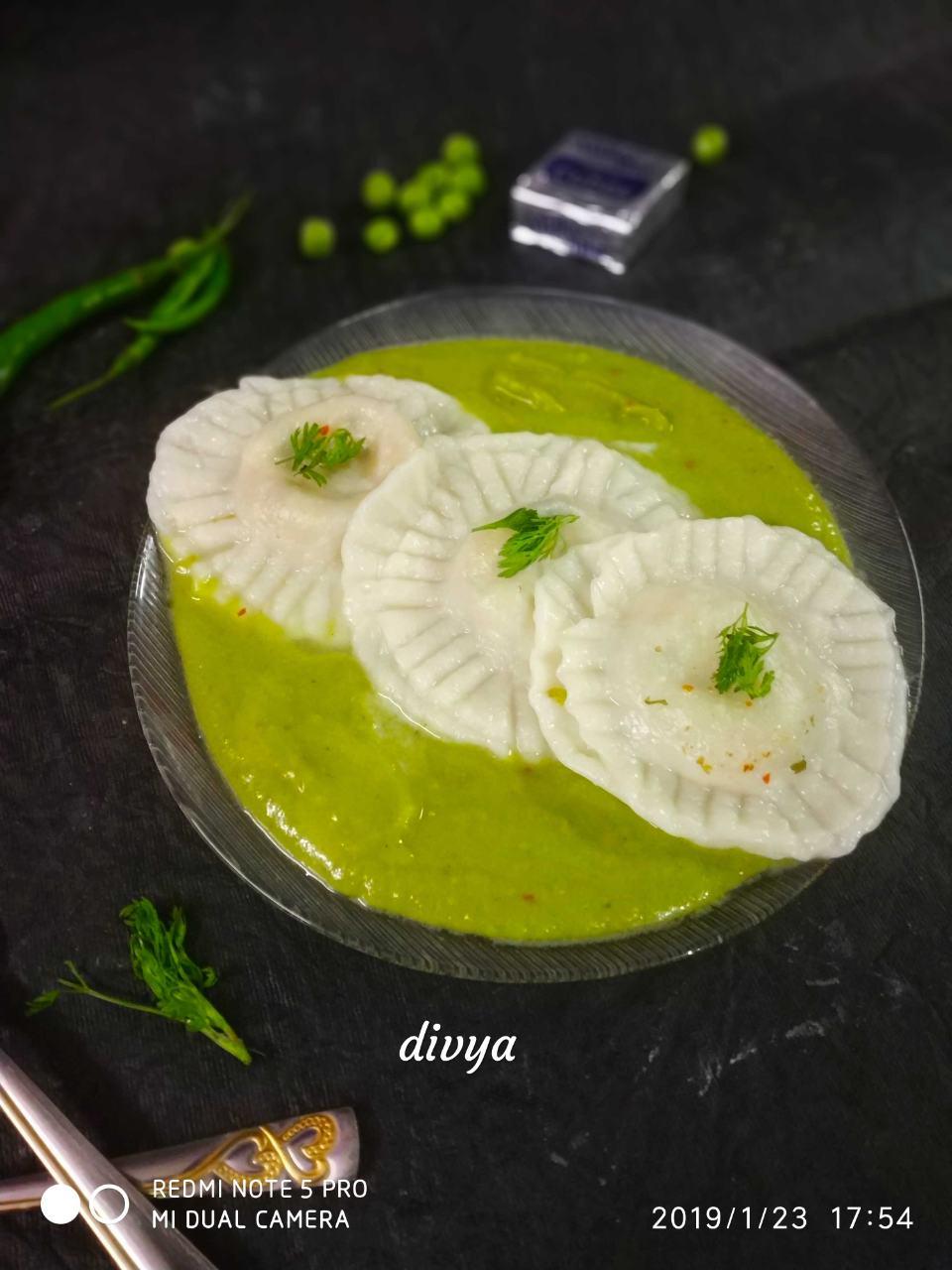 Mutur Gravy With Cheesy Rivoli