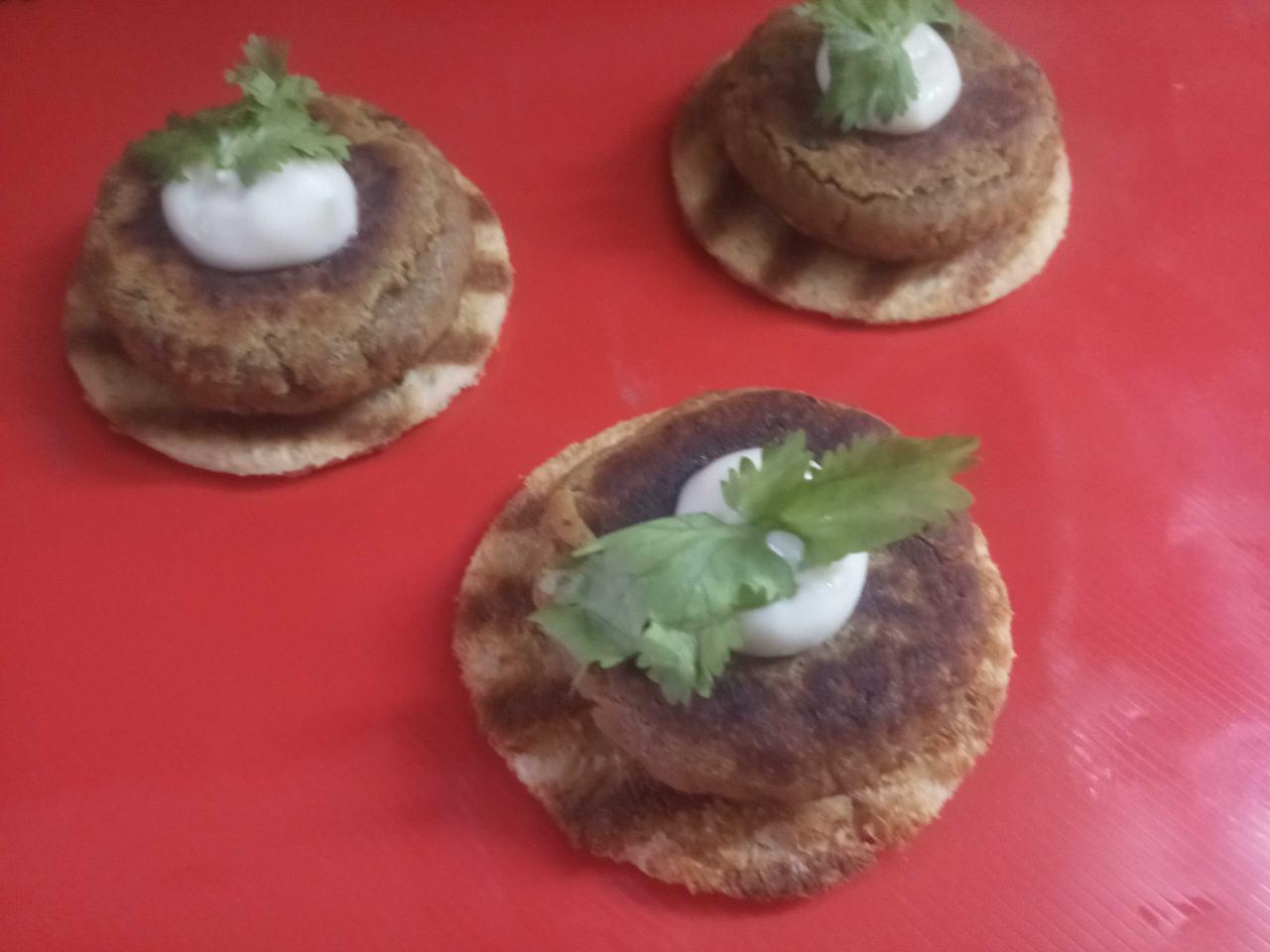 Galauti Kabab On Crispies
