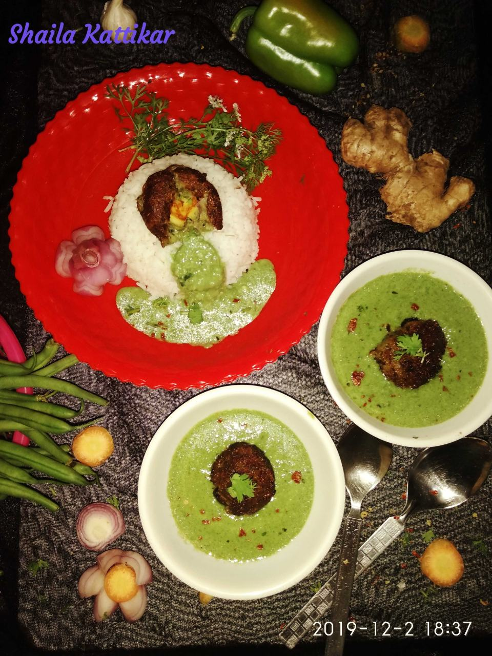 Stuffed Paneer With veggies Kofta In Creamy Spinach Gravy
