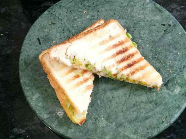 Sandwich Chutney Wala Grilled Sandwich