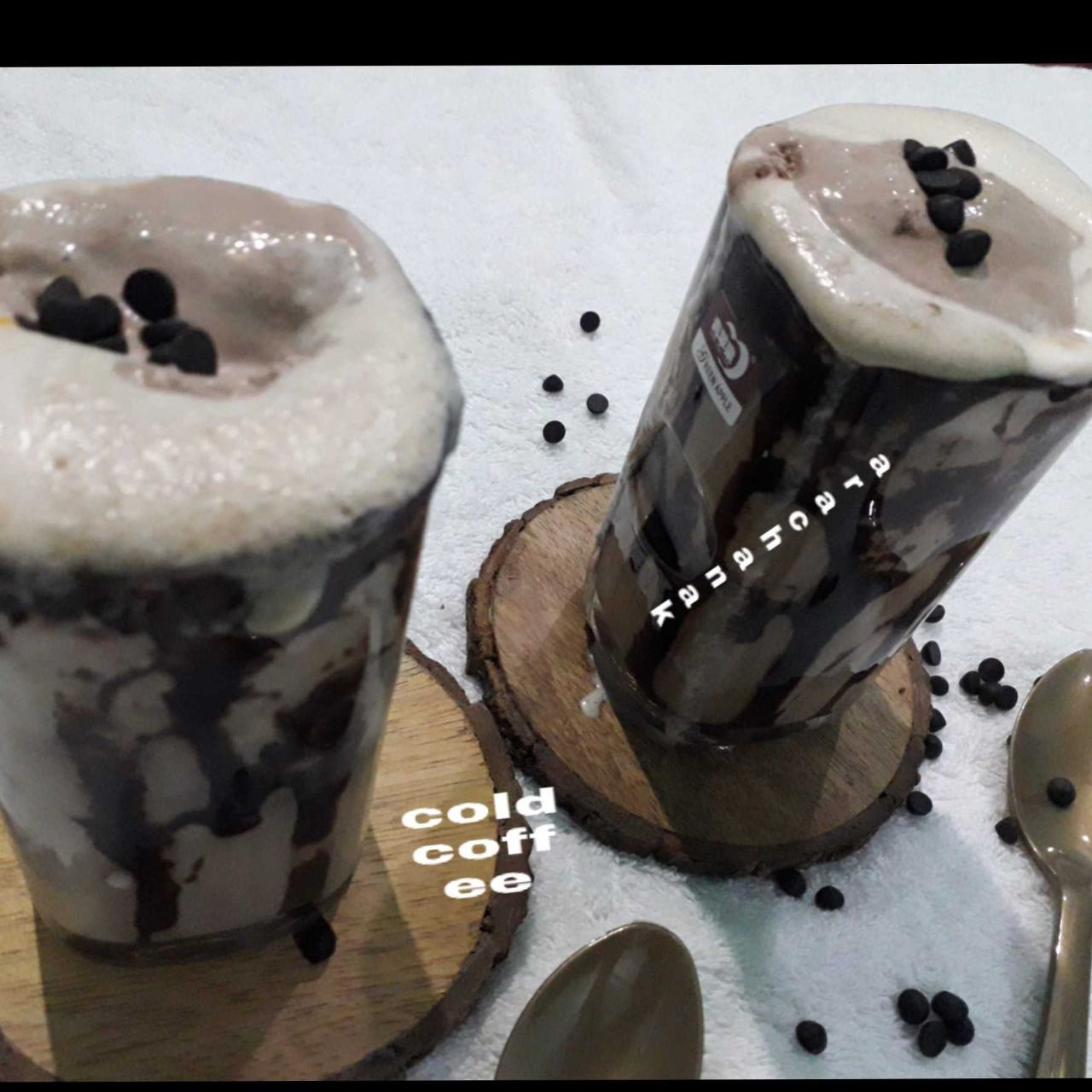Cold coffee With Icecream Choco Chips