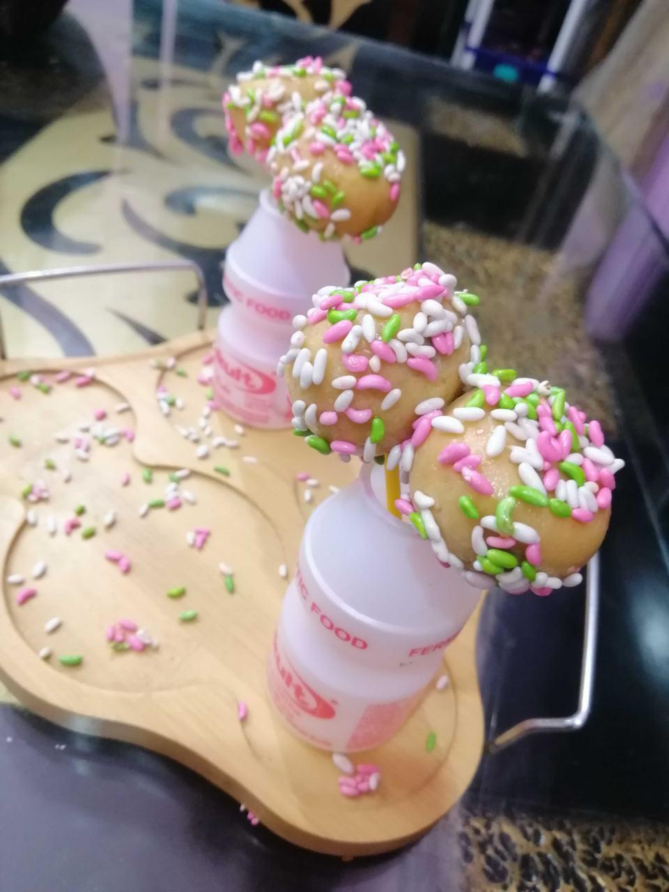 2 Ingredient Yakult Cake Pops